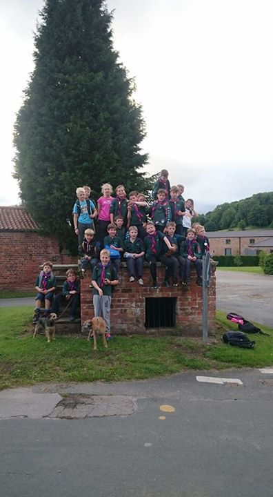 Kipling Cubs had a great hike around Brantingham tonight; joined by several pare...
