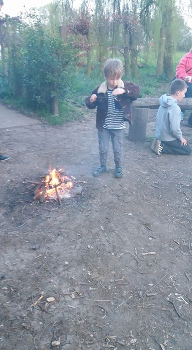 Photos from 1st Snaith Scout Group's postA few pictures from our beacon lighting...