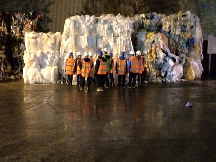 Photos from 1st Snaith Scout Group's postScouts visited a recycling centre in Le...